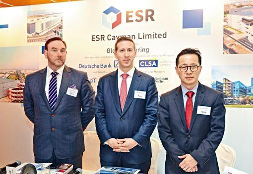 ■物流地產平台ESR Cayman亦再次遞交上市申請。主席Jeffrey David Perlman(圖中)。