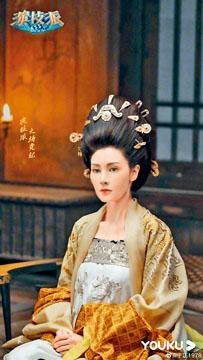 李嘉欣扮楊貴妃的造型曝光。