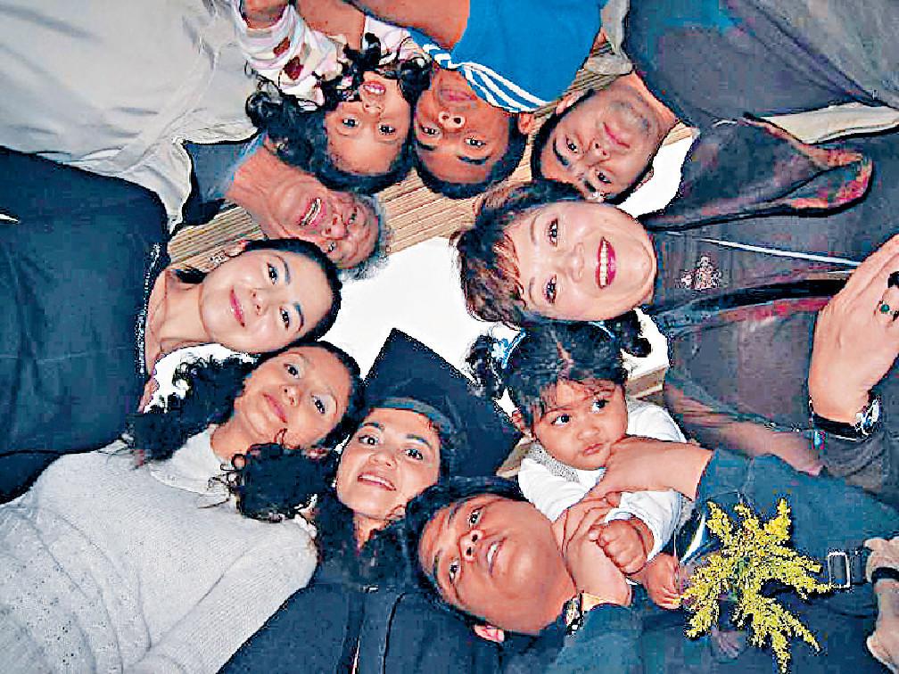 不斷鬧交 ■肥媽同家人一直相處融洽,但因為對香港近日反修例事件各持己見而頻頻鬧交。