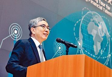 ■劉怡翔指,政府有決心把香港發展成更深更廣的融資平台。