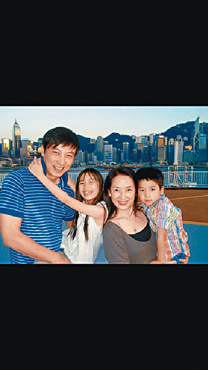 幸福不再 ■龔慈恩99年與台灣男星林煒在多倫多結婚,其後誕下大女林愷鈴及幼子林卓毅。