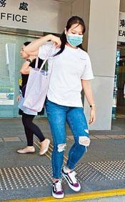 健身顧問李紫彤否認控罪受審。