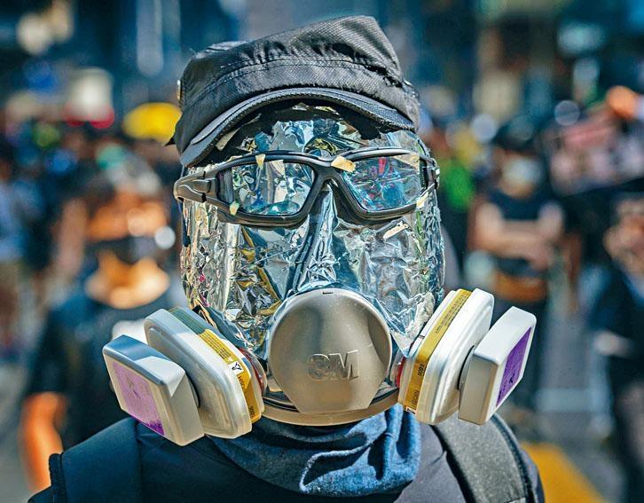 《禁蒙面法》一旦實施,相信會阻嚇示威者的暴力行為。