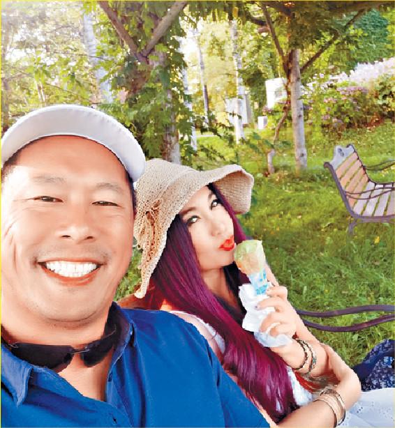 ■溫碧霞與老公何祖光撇下囝囝慶祝結婚周年。