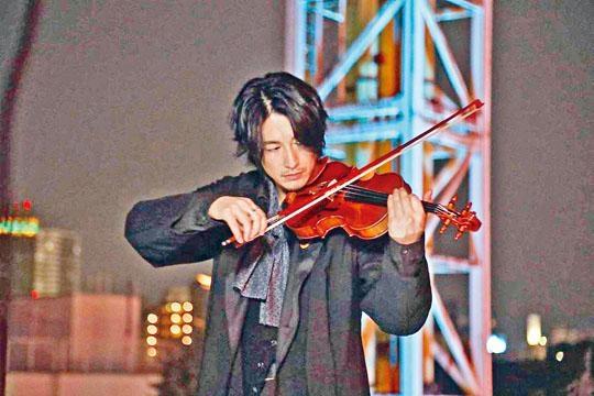 藤岡靛在劇中有演奏小提琴的鏡頭,獲觀眾讚十分型仔。