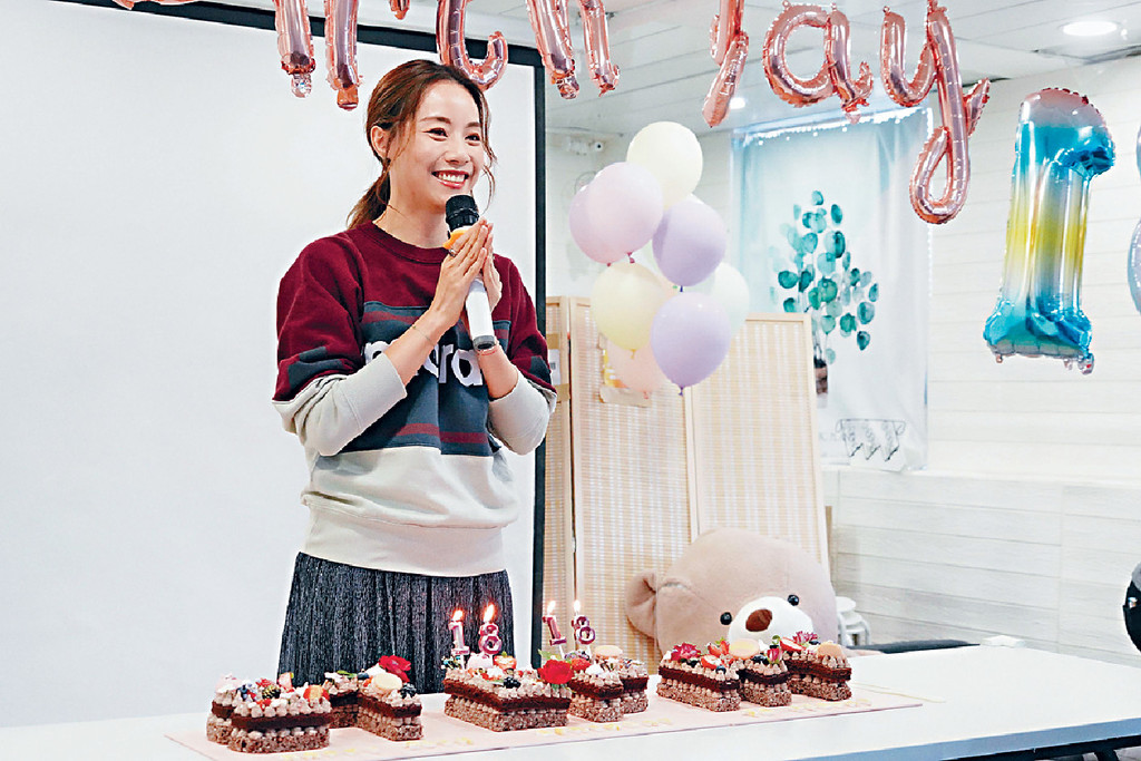 ■Stephy稱每年生日願望很簡單,就係希望身邊人開心健康,因為都係無價。