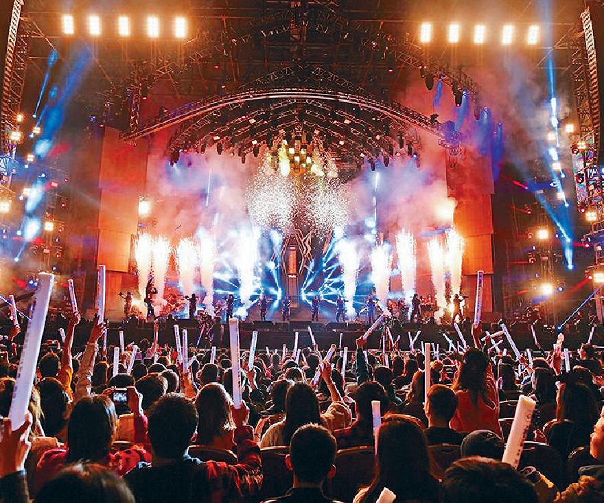 ■周董以往演唱會一向好熱鬧。