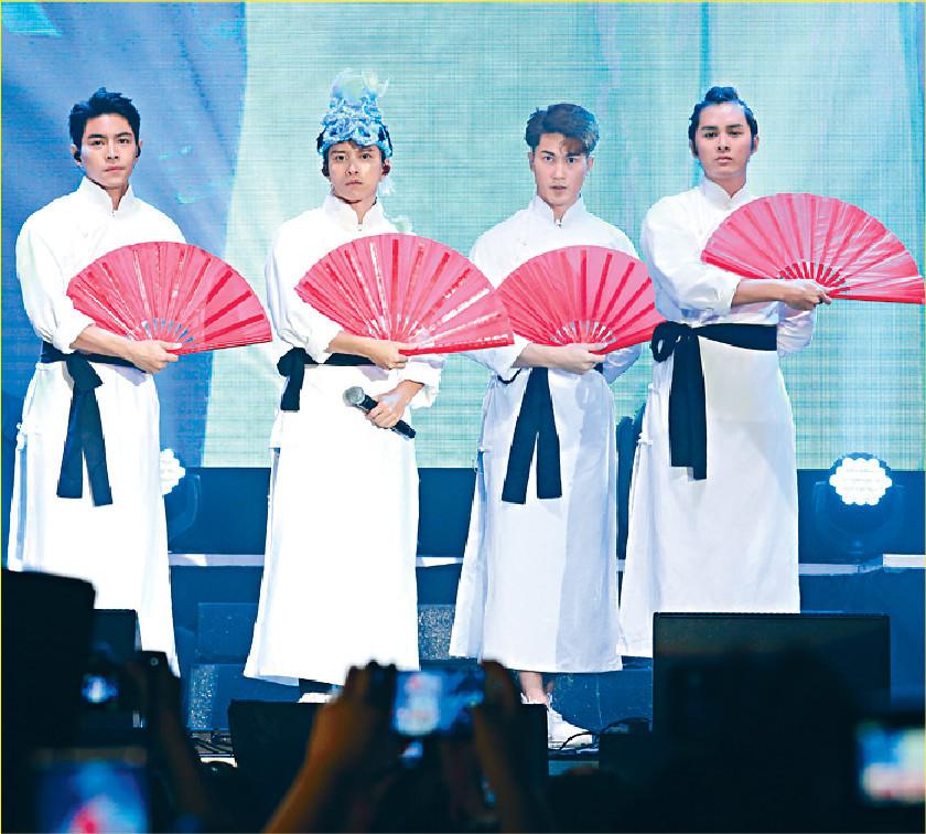 ■張彥博與「跳躍F4」的三位兄弟以民初造型登場。