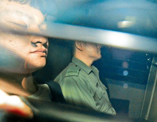 涉殺女友疑兇陳同佳(左)因洗黑錢罪囚禁多月後,將於下周出獄。