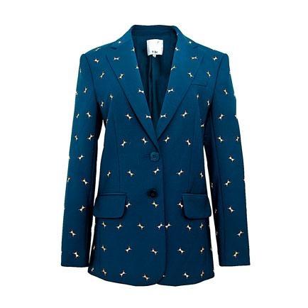 ●Tibi繡以別致昆蟲為主打圖案的西裝褸,充滿玩味又吸睛。($8,800/Harvey Nichols)