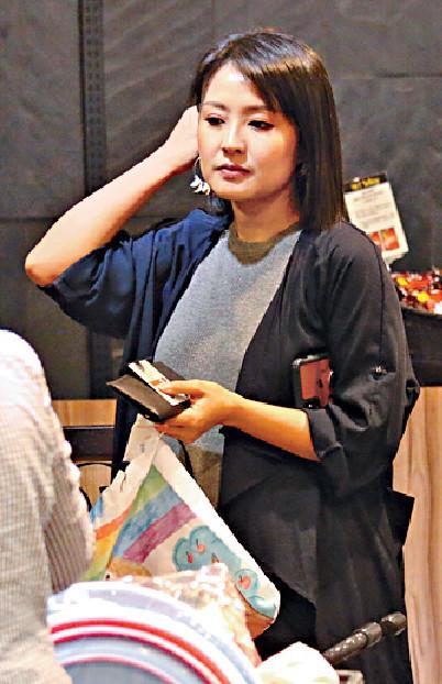 ■08年當選港姐亞軍及「國際親善小姐」嘅陳倩揚,生咗三個算keep得好。
