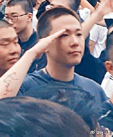 ■李洪基寫了一封中文信給華人Fans報平安。