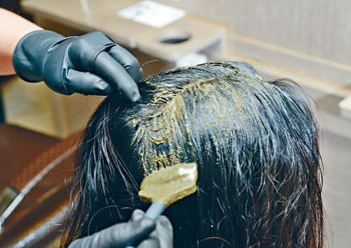 ●天然染髮劑內含成分,不一定能完全避免過敏問題。