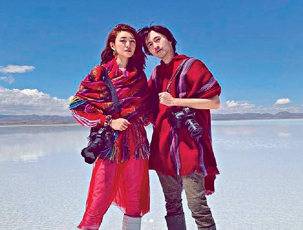 南美婚照 ■今年4月,Elva與老公到玻利維亞的天空之鏡影婚照,嚟緊還想到韓國影多輯。