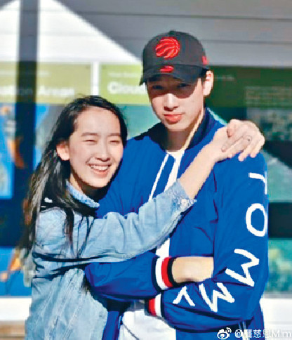 ■龔姐謂19歲囡囡愷鈴和16歲囝囝卓毅,早已接受父母分開。