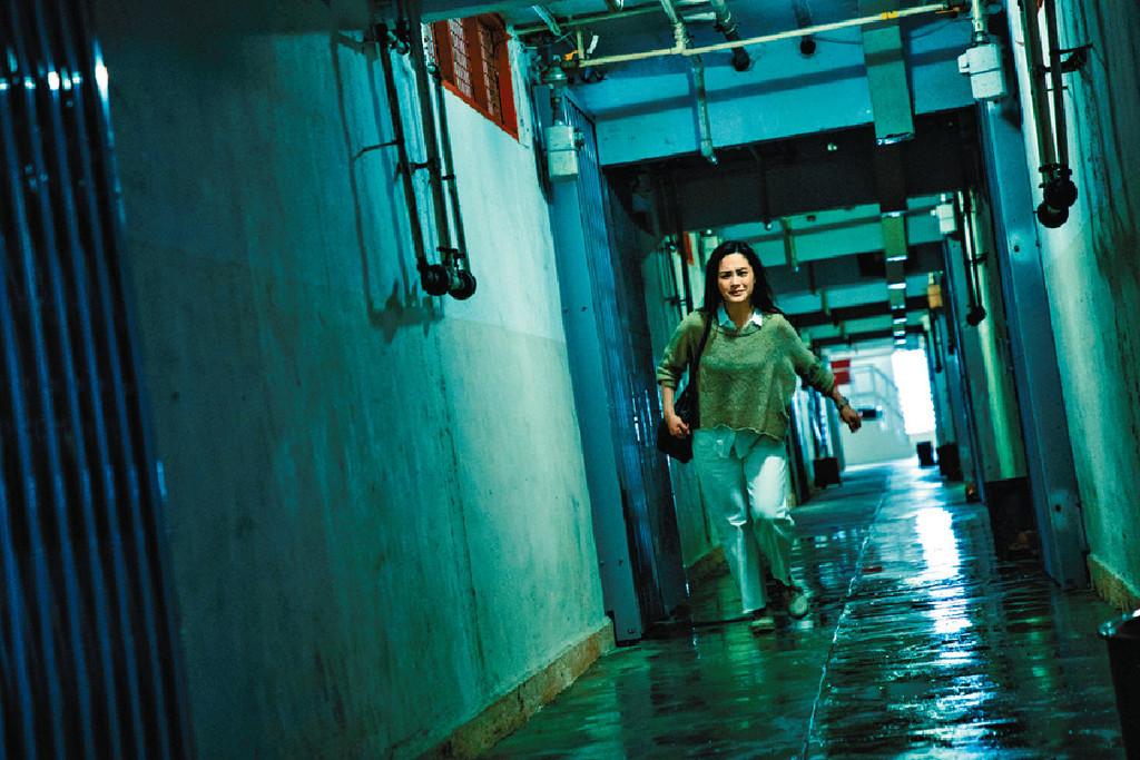 ■阿嬌在公屋拍攝時,由於要不斷跑和嗌怕影響到居民,難得他們好合作,「竟然冇人會伸個頭出嚟望。」