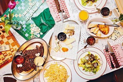 ●周日早午餐的主菜是USDA Prime頂級美國肉眼牛扒及無限量供應的香脆炸薯條。