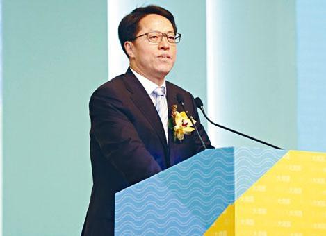 ■張曉明形容建立健全國安法制,已成為香港的緊逼任務。