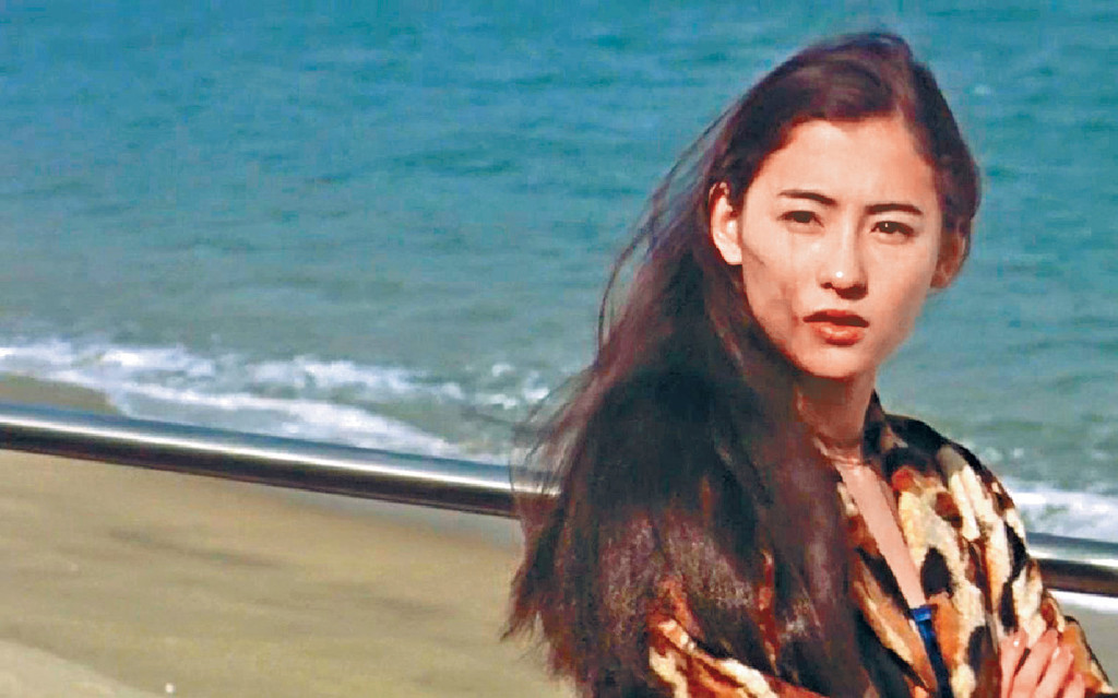 ■張栢芝在《喜劇之王》角色叫「柳飄飄」,一幕她問周星馳:「我唔做你養我呀?」成為經常對白。