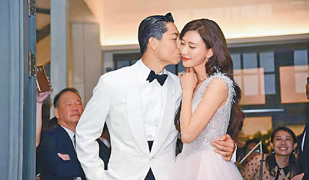 ■AKIRA在婚宴前再度親吻志玲。