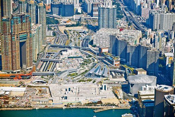 ■西九龍高鐵站商業地王昨僅截收三份標書,創近八年地皮標書最少紀錄。