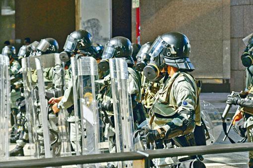 ■警方將派出數千警力,當中包括防暴警察。