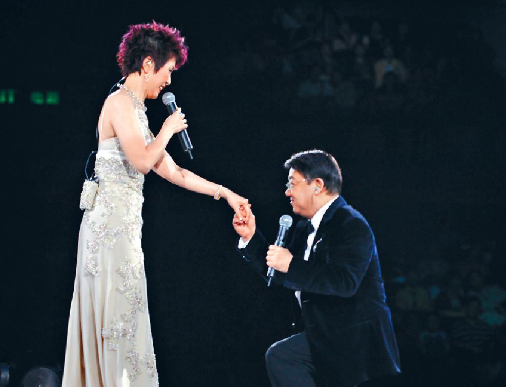 ■黎小田與關菊英離婚後仍能做朋友。