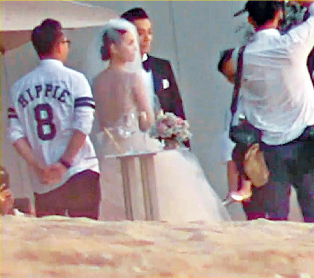 ■三年前柏豪秘密在布吉島舉行浪漫婚禮。