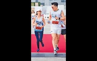 宣傳《大步走》跑到溶妝  姚子羚拒跟山聰練跑