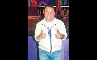 TVB《開心大綜藝》 驚現ViuTV姜濤  曾志偉:沒太大收視壓力  王祖藍技癢扮「藍太」