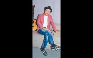 開騷唱歌保育香港廣東歌  區瑞強樂見TVB開放平台